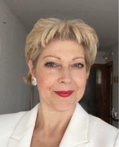 Dr. Veronika Dombi